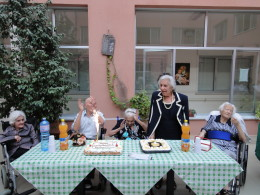 compleanni casa riposo anziani caltanissetta